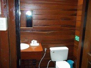 Sans Souci bathroom