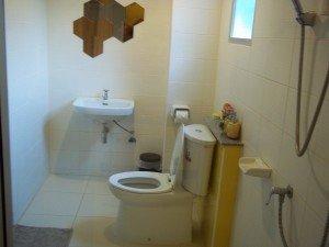 Baan Baimai Boutique Room bathroom