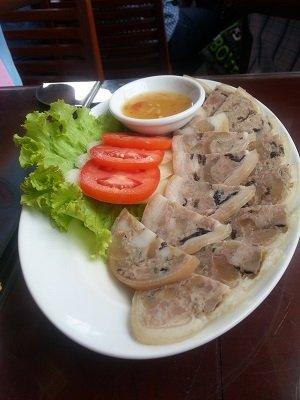 Daeng Namnueng Restaurant Vietnamese sausage