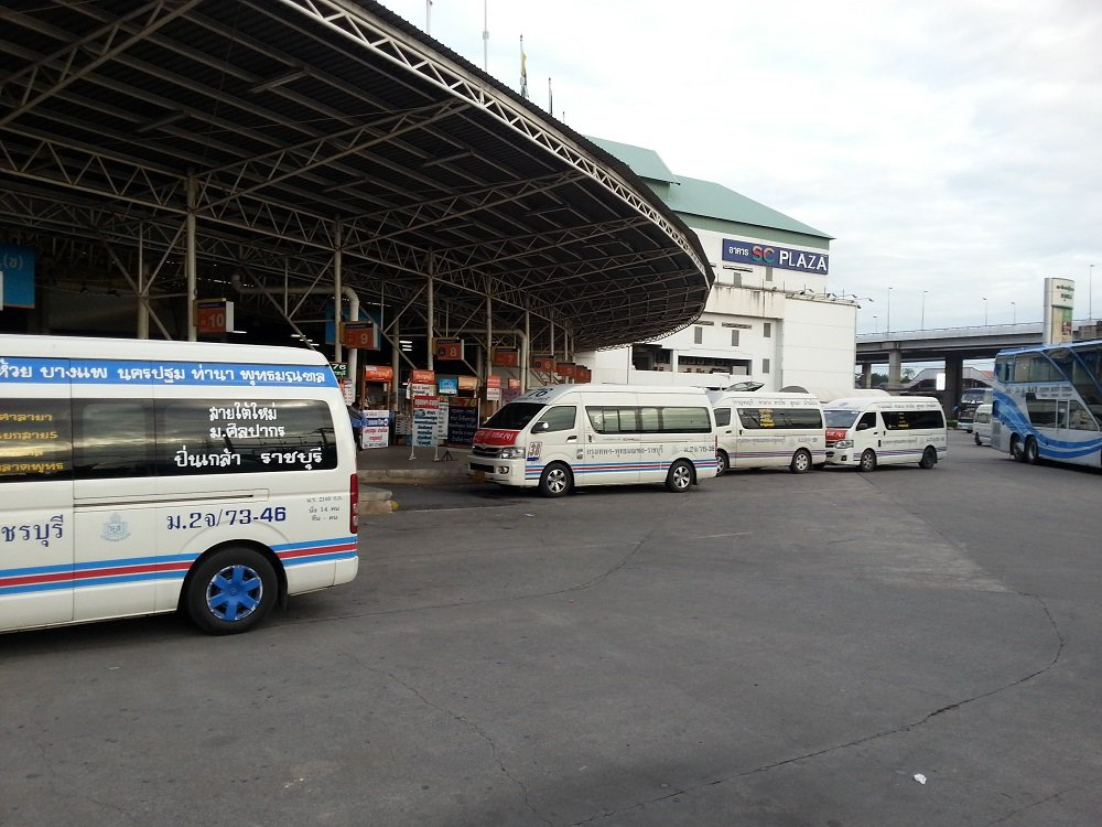 Minivans at the Southern Bus Terminal