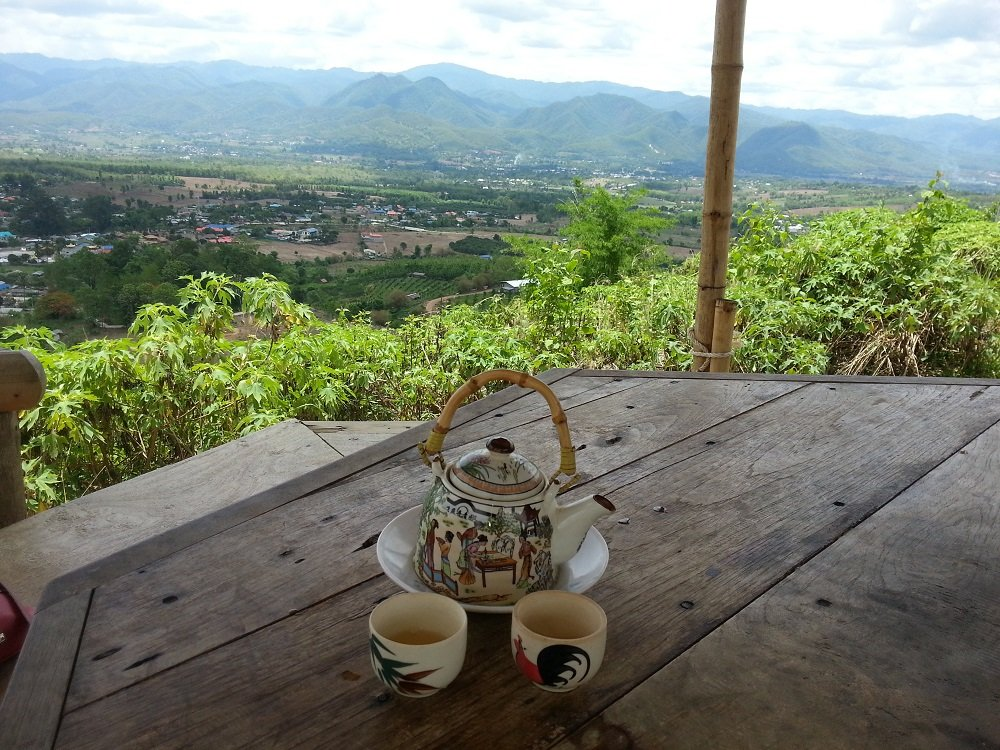 Chinese tea included in the entrance fee to Yun Lai View Point near Pai