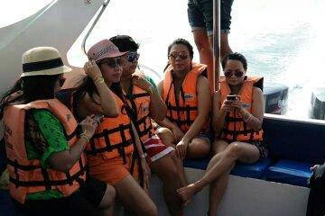 Lomprayah speedboat