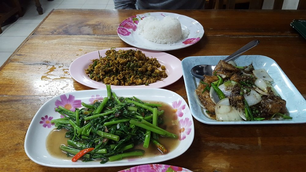 Moo Kling, Fish with Pepper and fried morning glory at Jit Restaurant, Nathon, Koh Samui