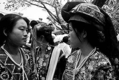 Women in Mae Sot wearing traditional Burmese costumes