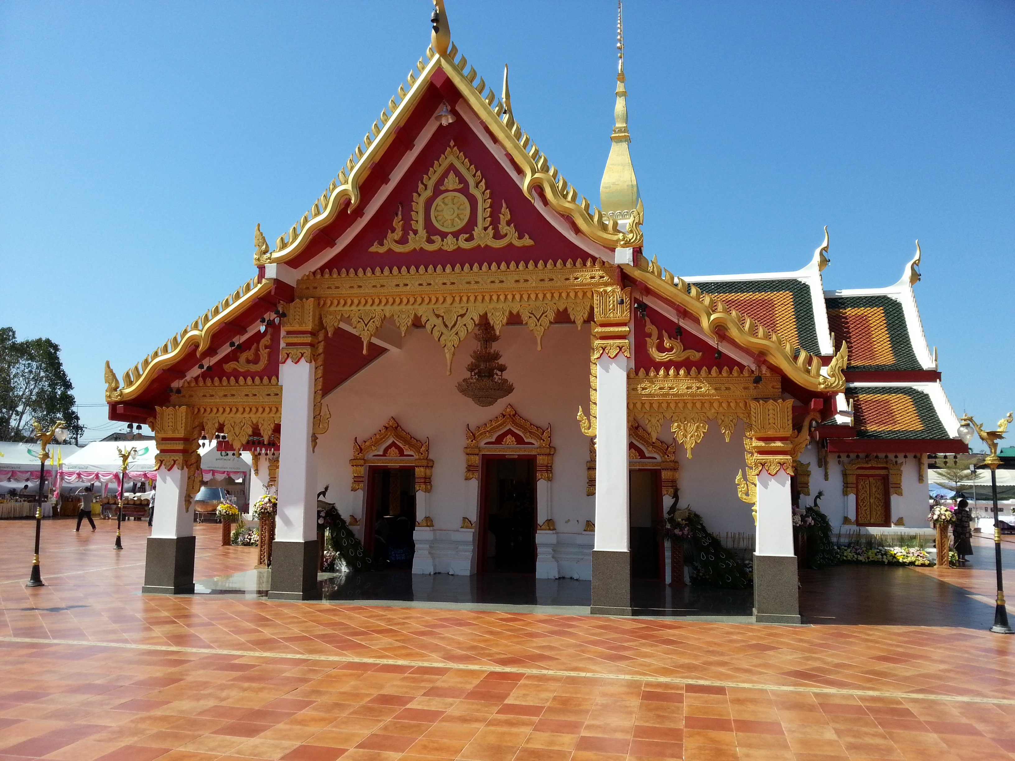 Congregation Hall at Phra That Choeng Chum