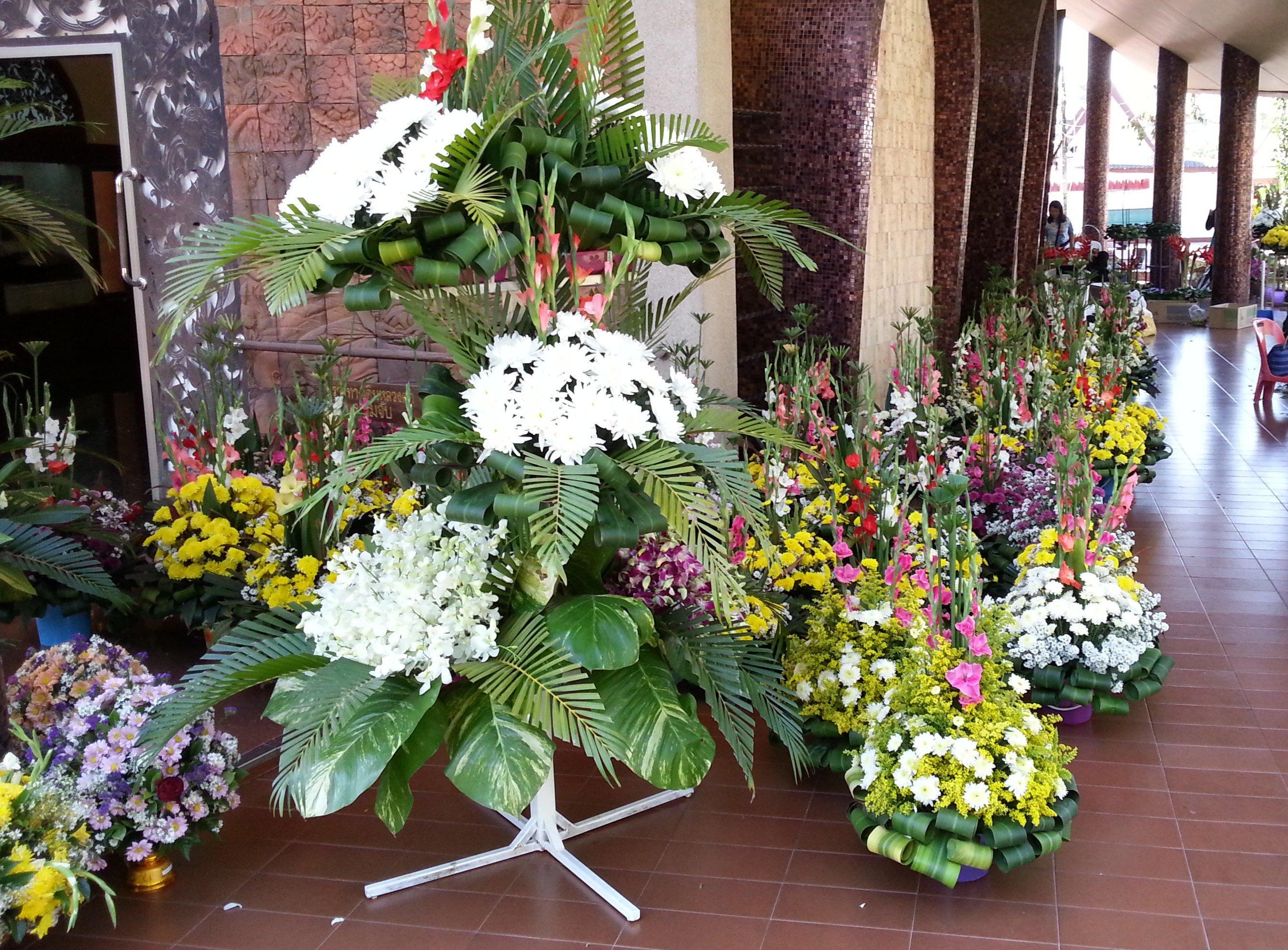 Flowers for Ajahn Mun