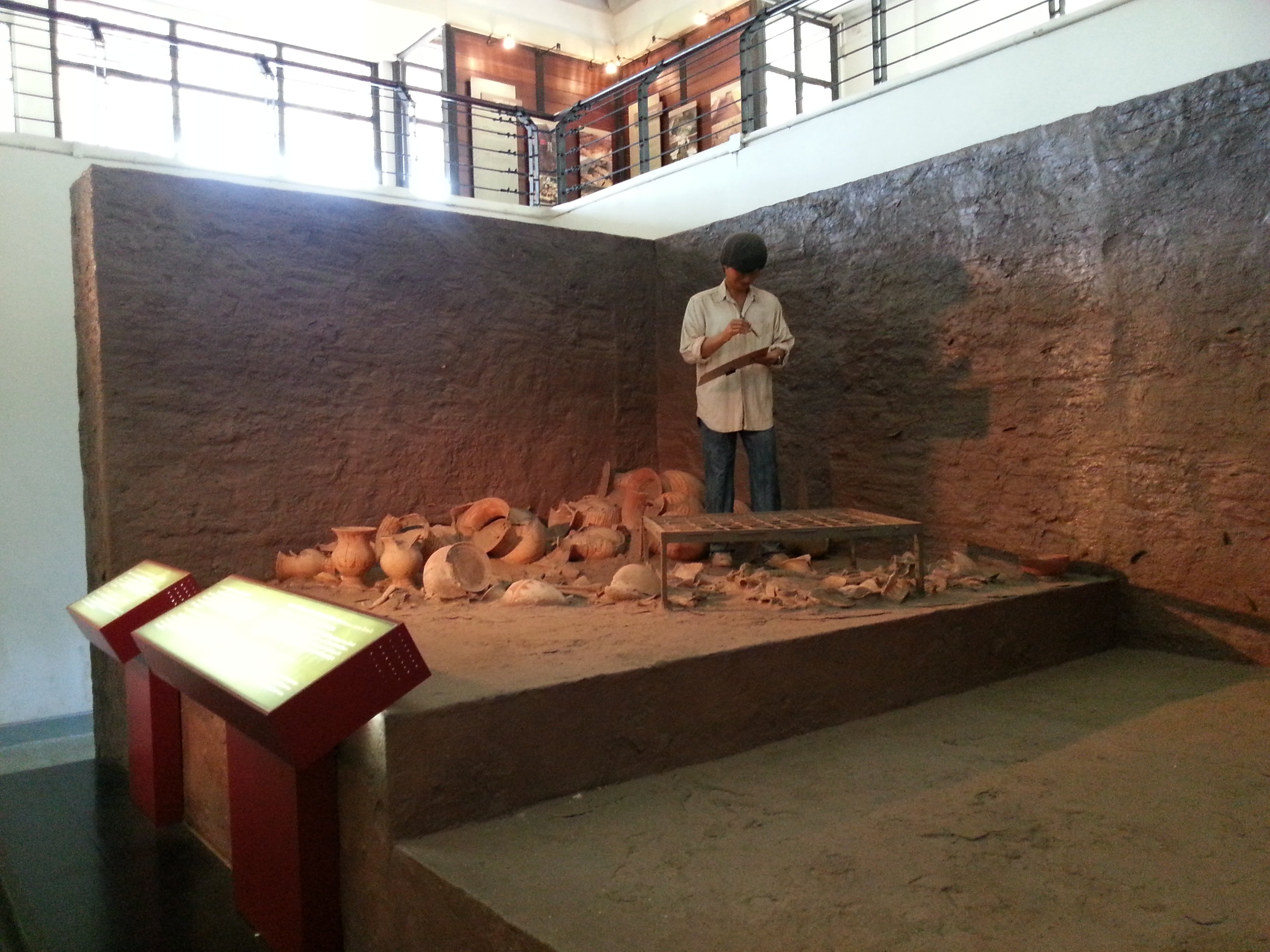 Diorama of the archaeological work at Ban Chiang