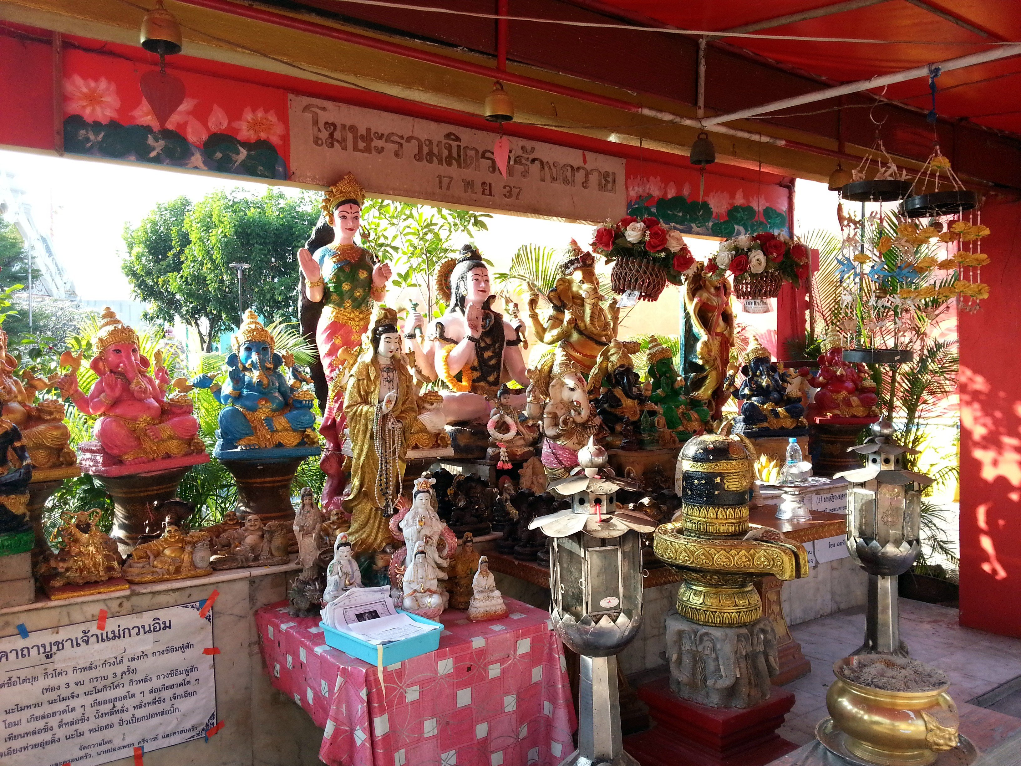 Statues of Hindu deities near the Thewasathan Phra Mae Thoranee Shrine