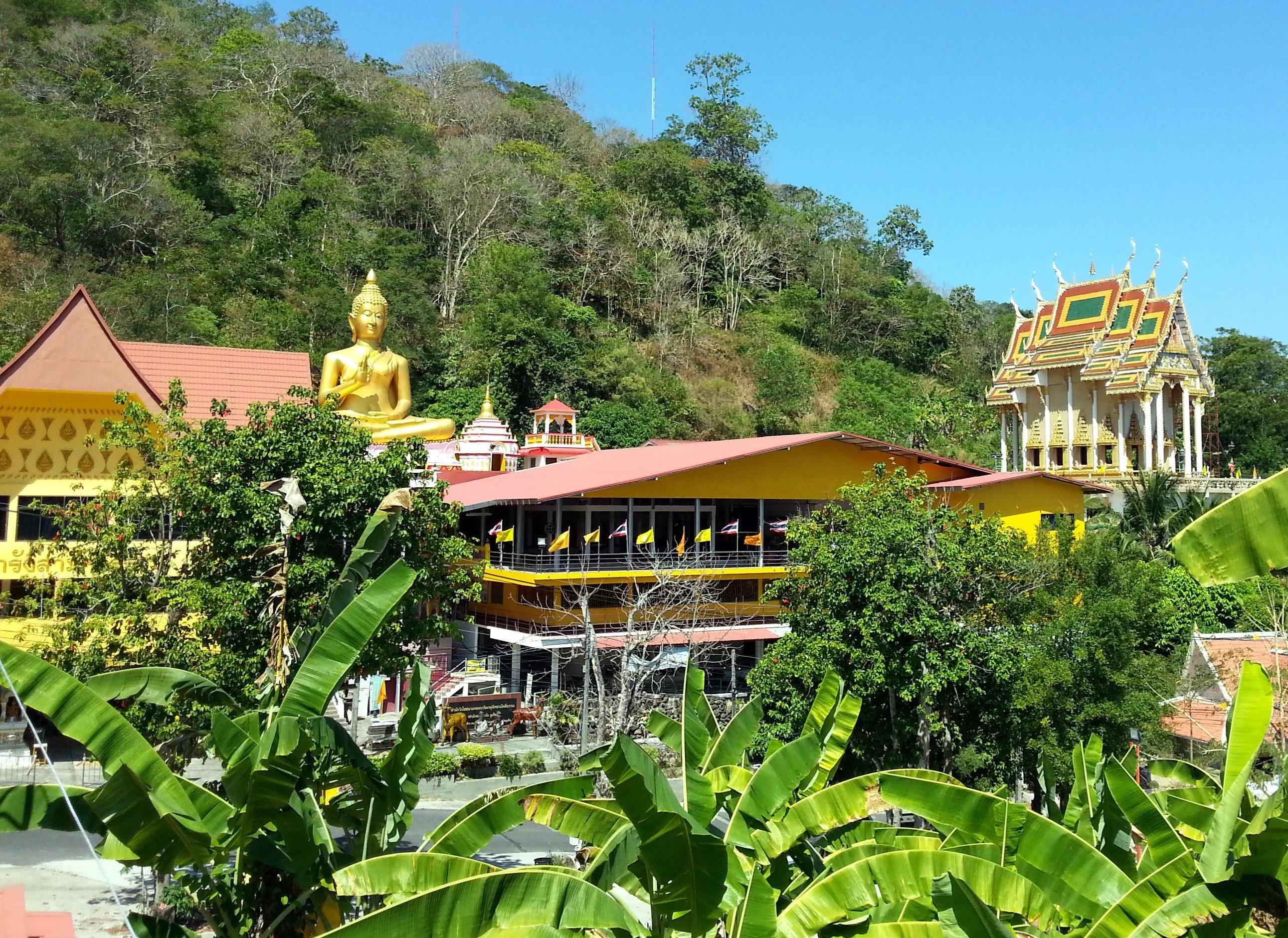 Wat Khao Rang in Phuket