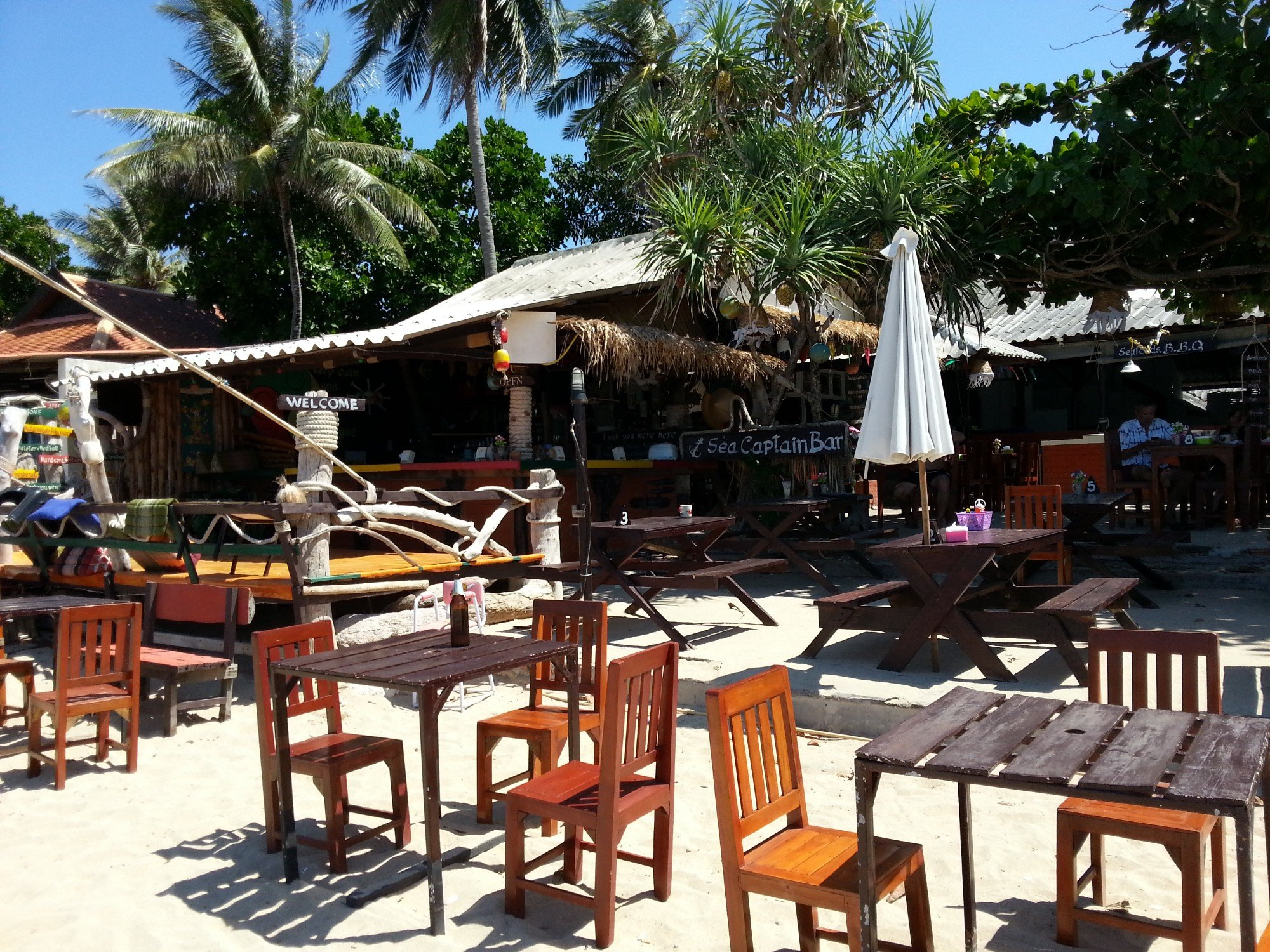 Sea Captain Bar on Klong Khong Beach