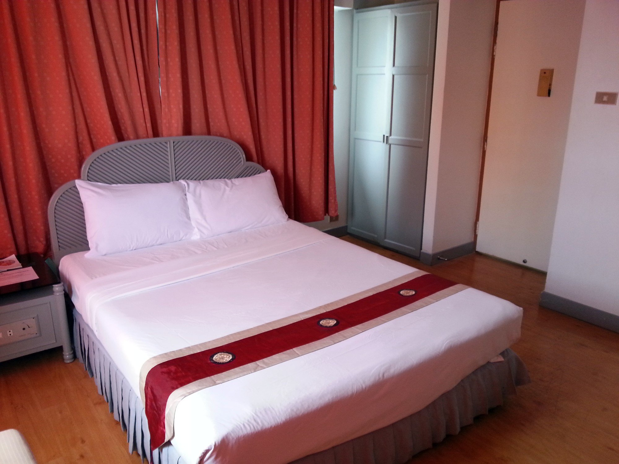 Bed at the Thumrin Hotel