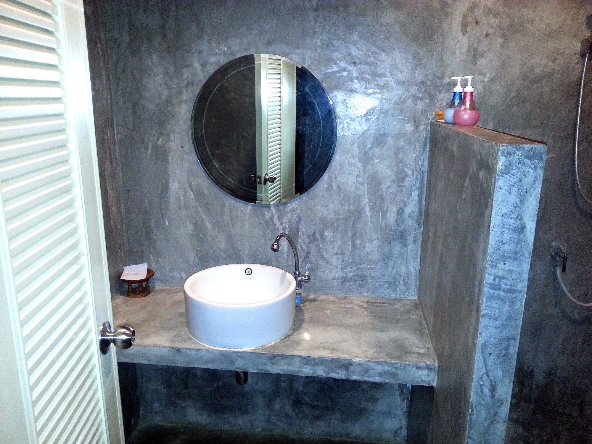 Bathroom at Come Moon Loft Hotel