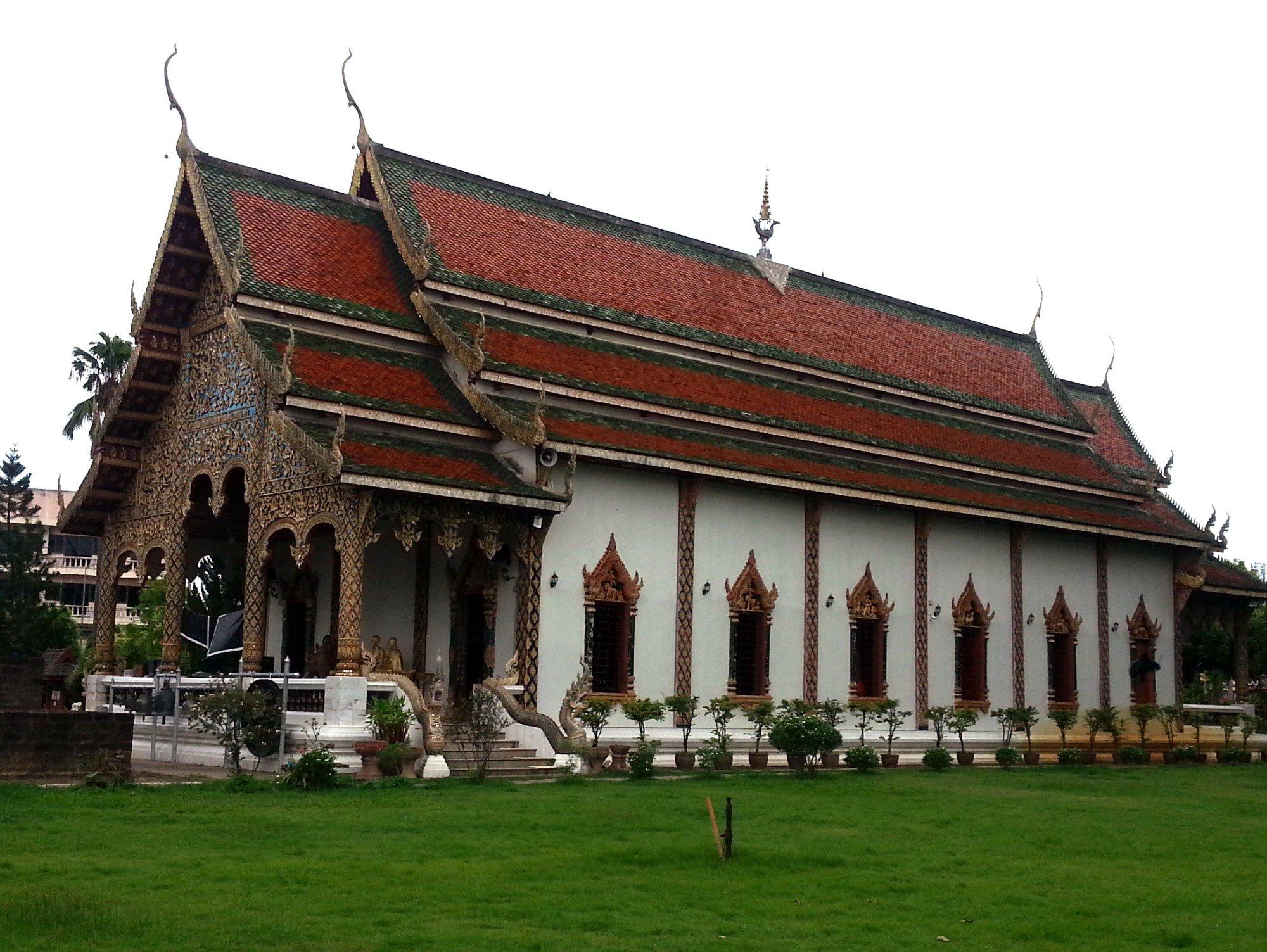 Assembly Hall at Wat Chammathewi