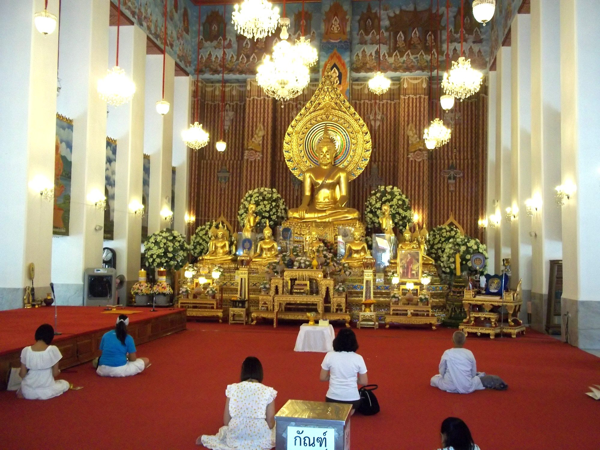 Inside the ordination hall at Wat Chana Songkhram