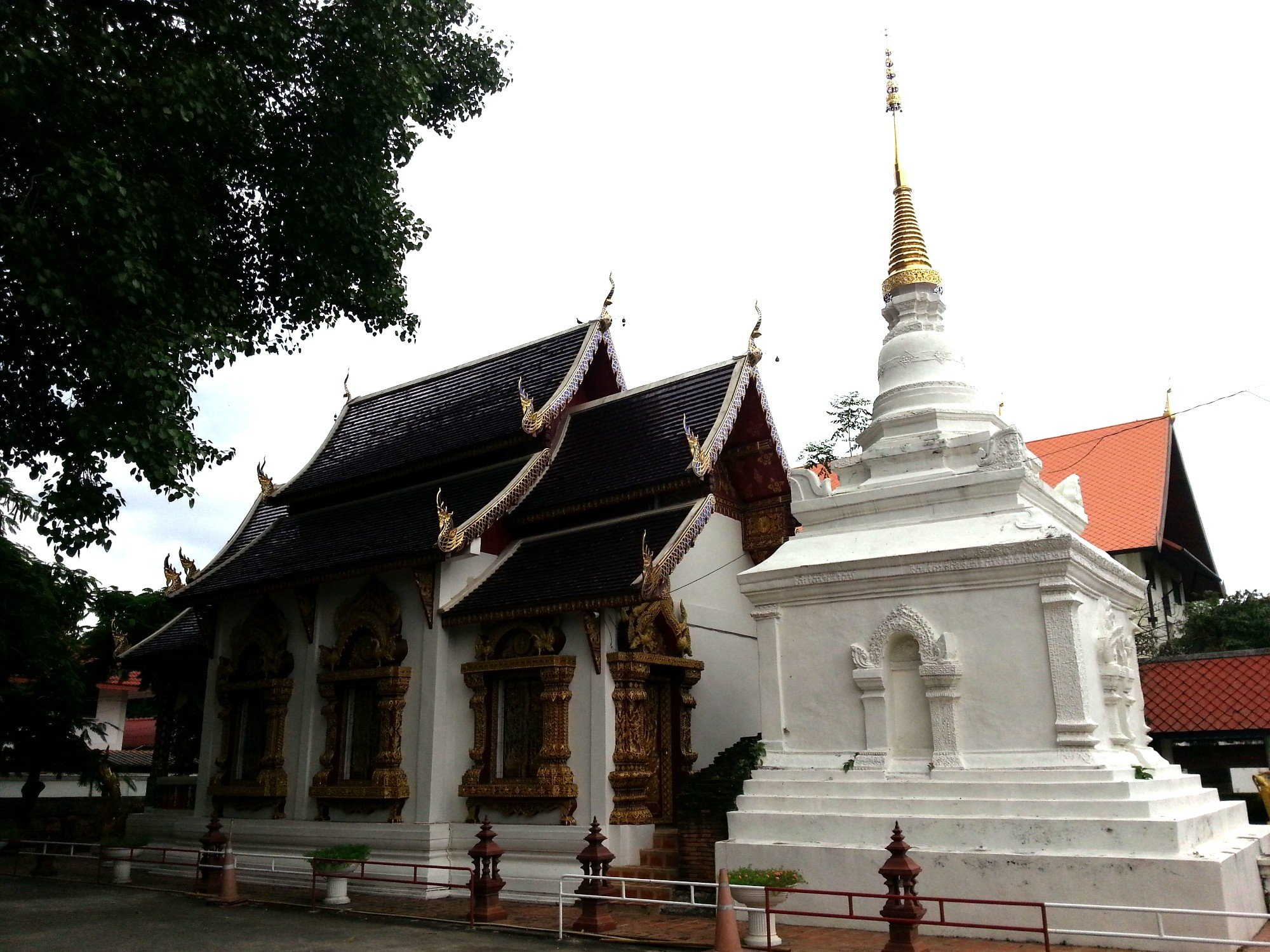 Ordination Hall and second chedi at Wat Prasat