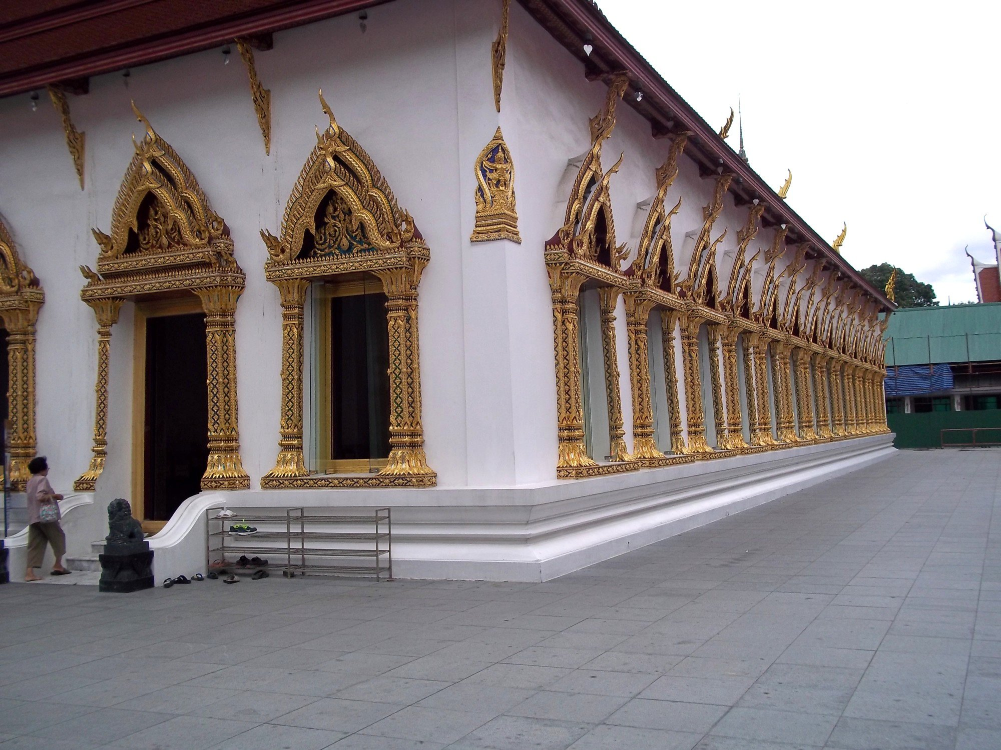 Ordination hall at Wat Chana Songkhram