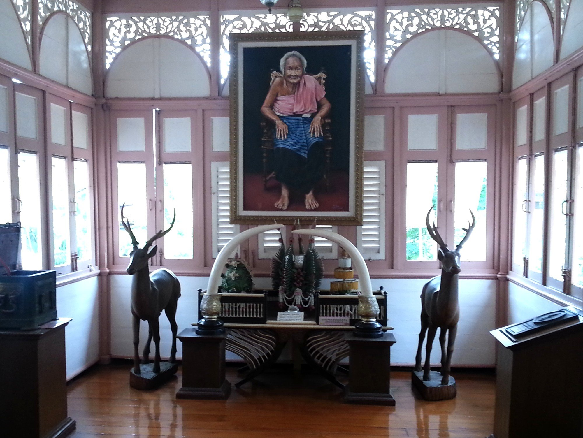 Portrait of Mae Chao Bua Tha at the Vongburi House Museum