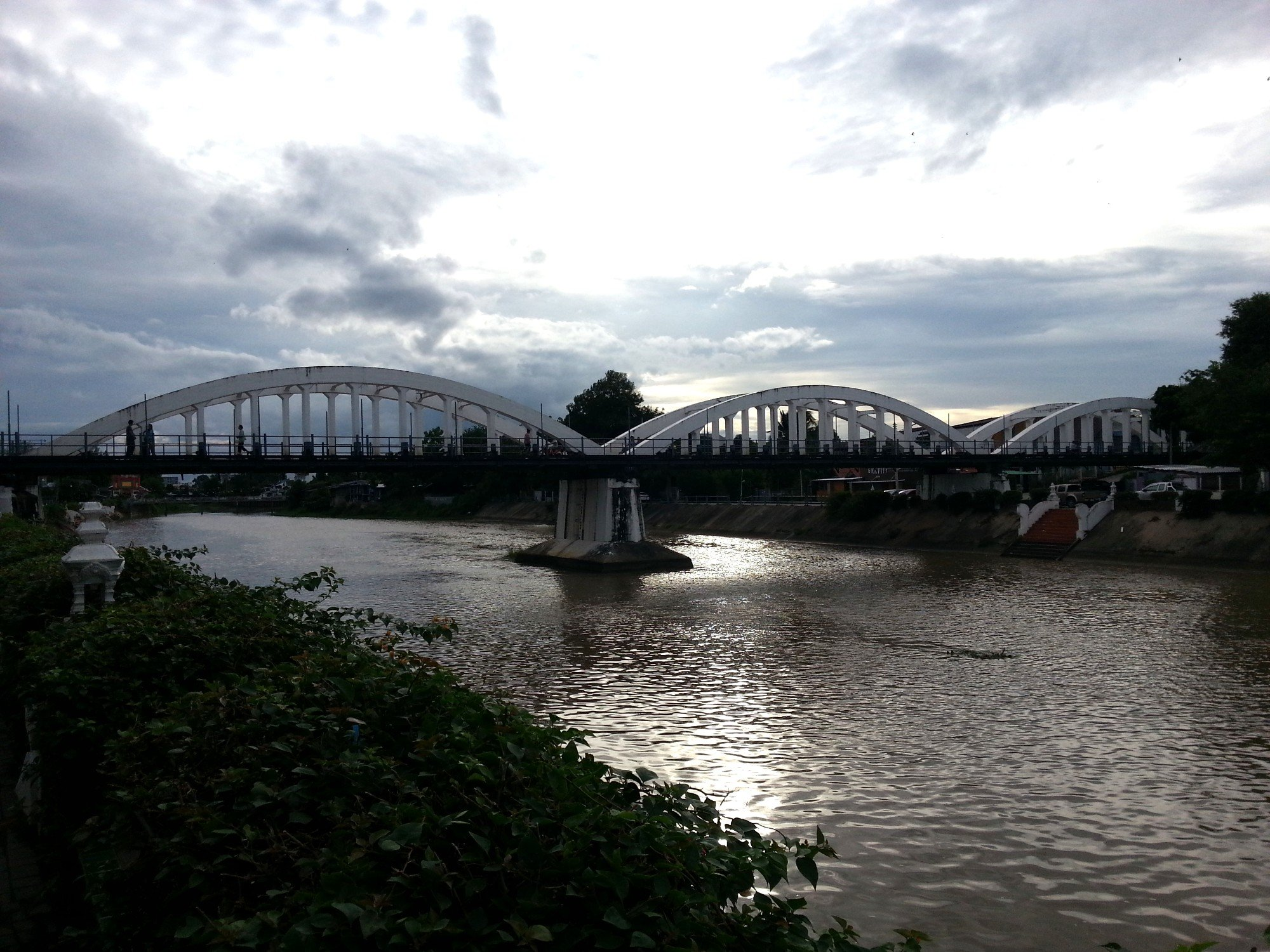 Ratsadaphisek Bridge in Lampang