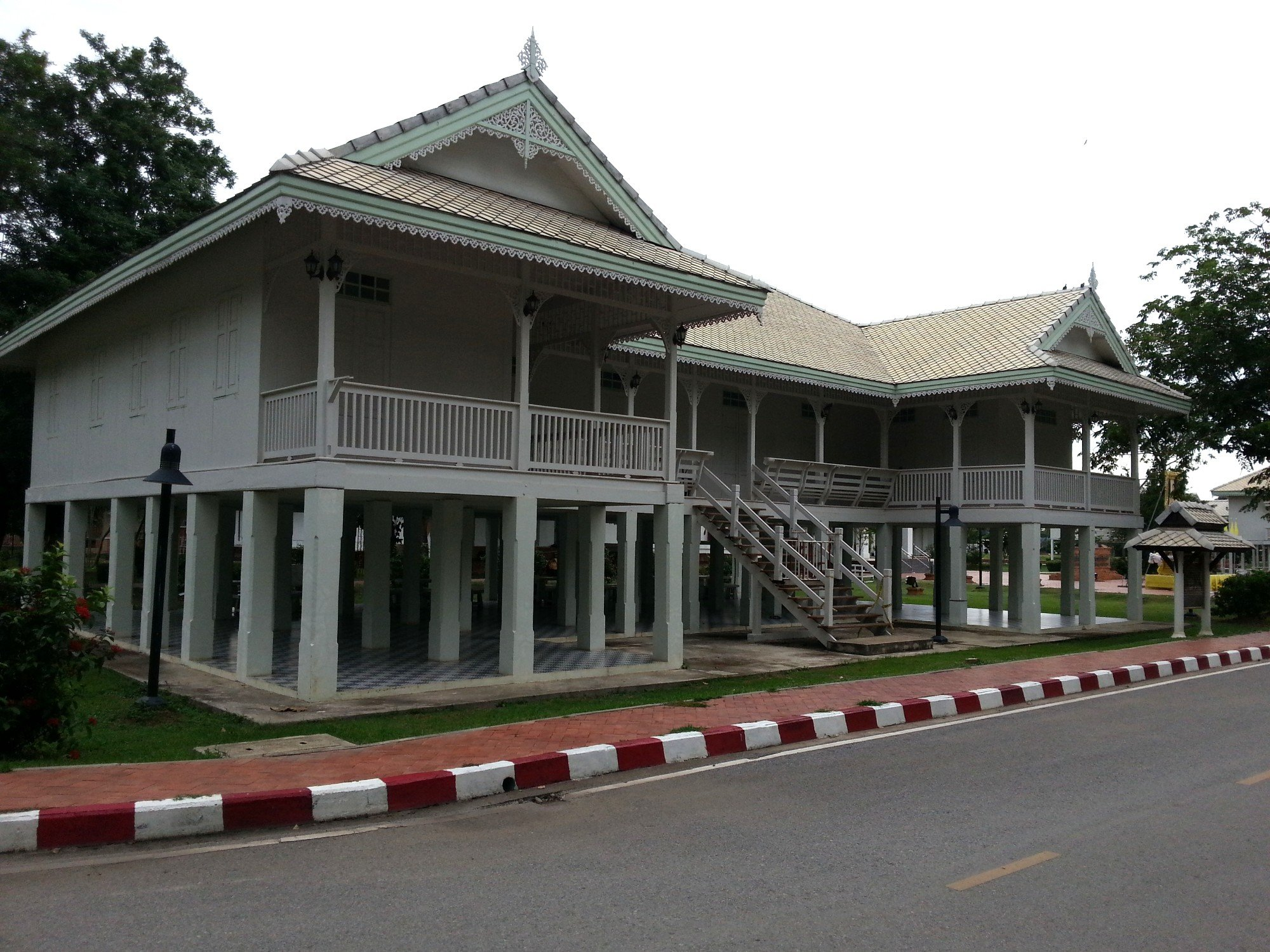 Reconstruction of the Chan Palace