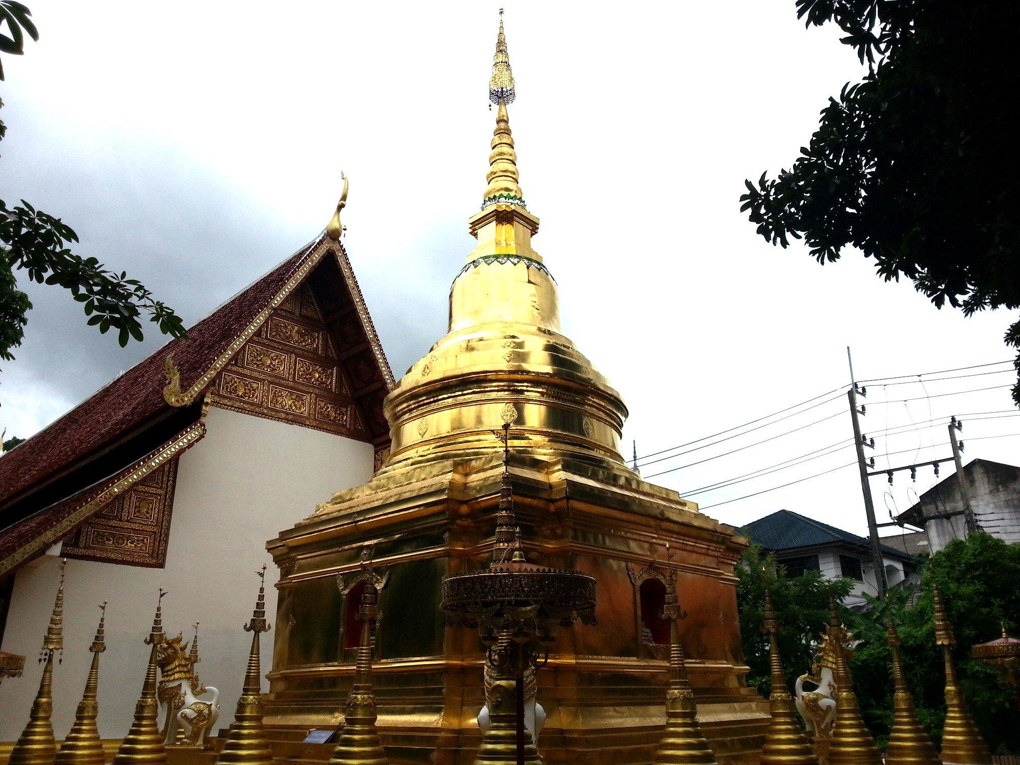 Chedi at Wat Phra Sing