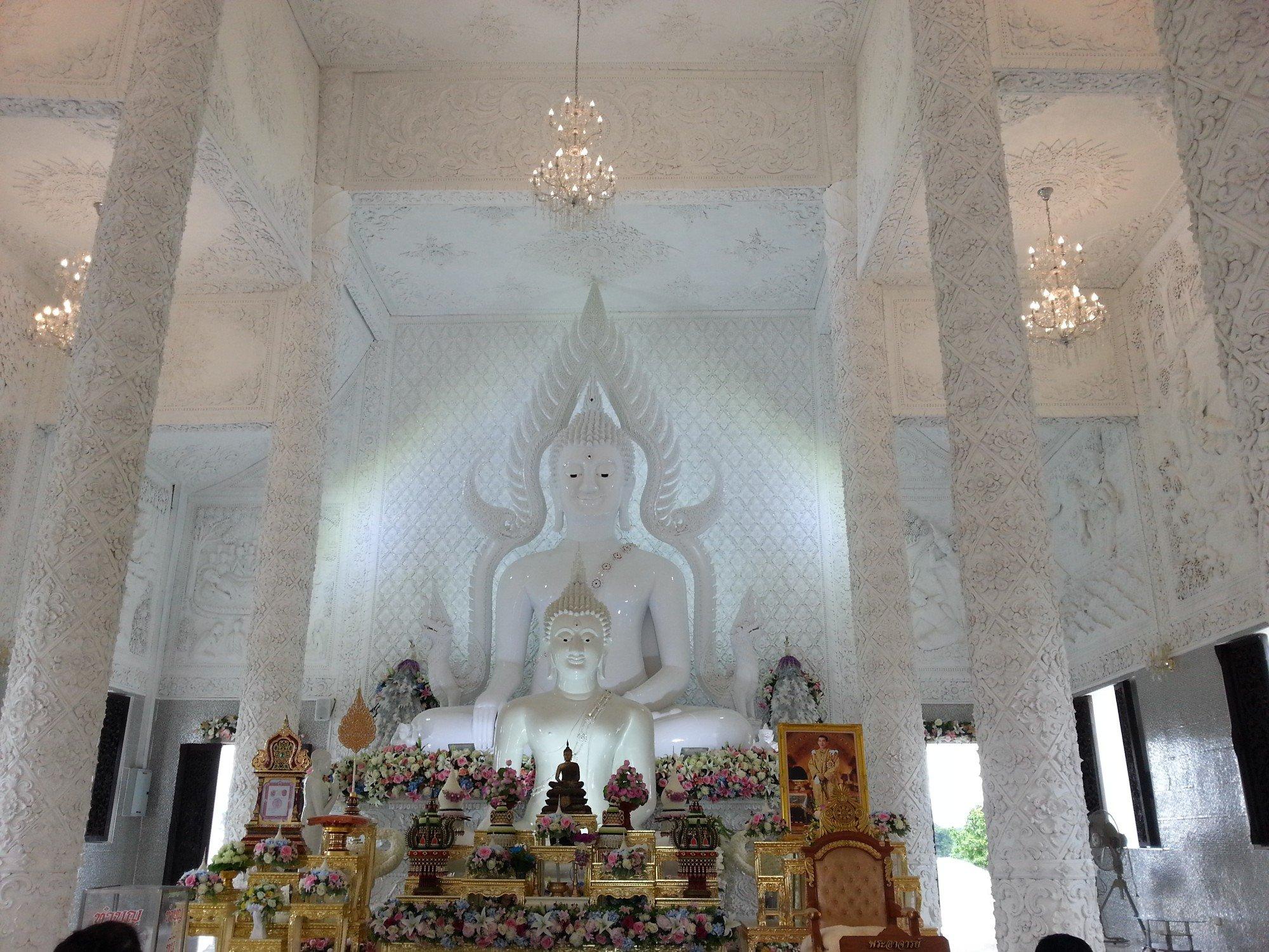 Inside the prayer hall at Wat Huay Pla Kang