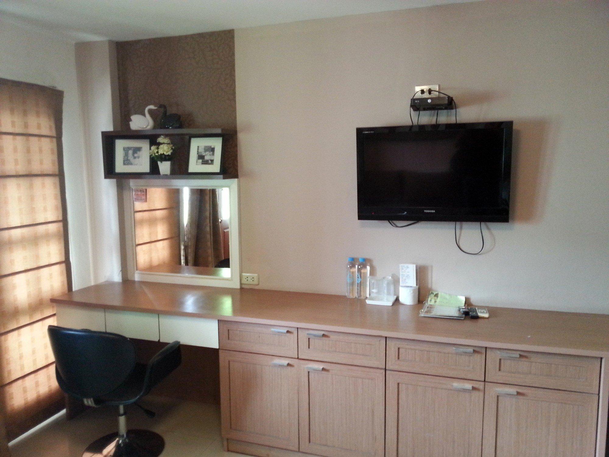 Room facilities at the Baan Chiang Rai Guest House