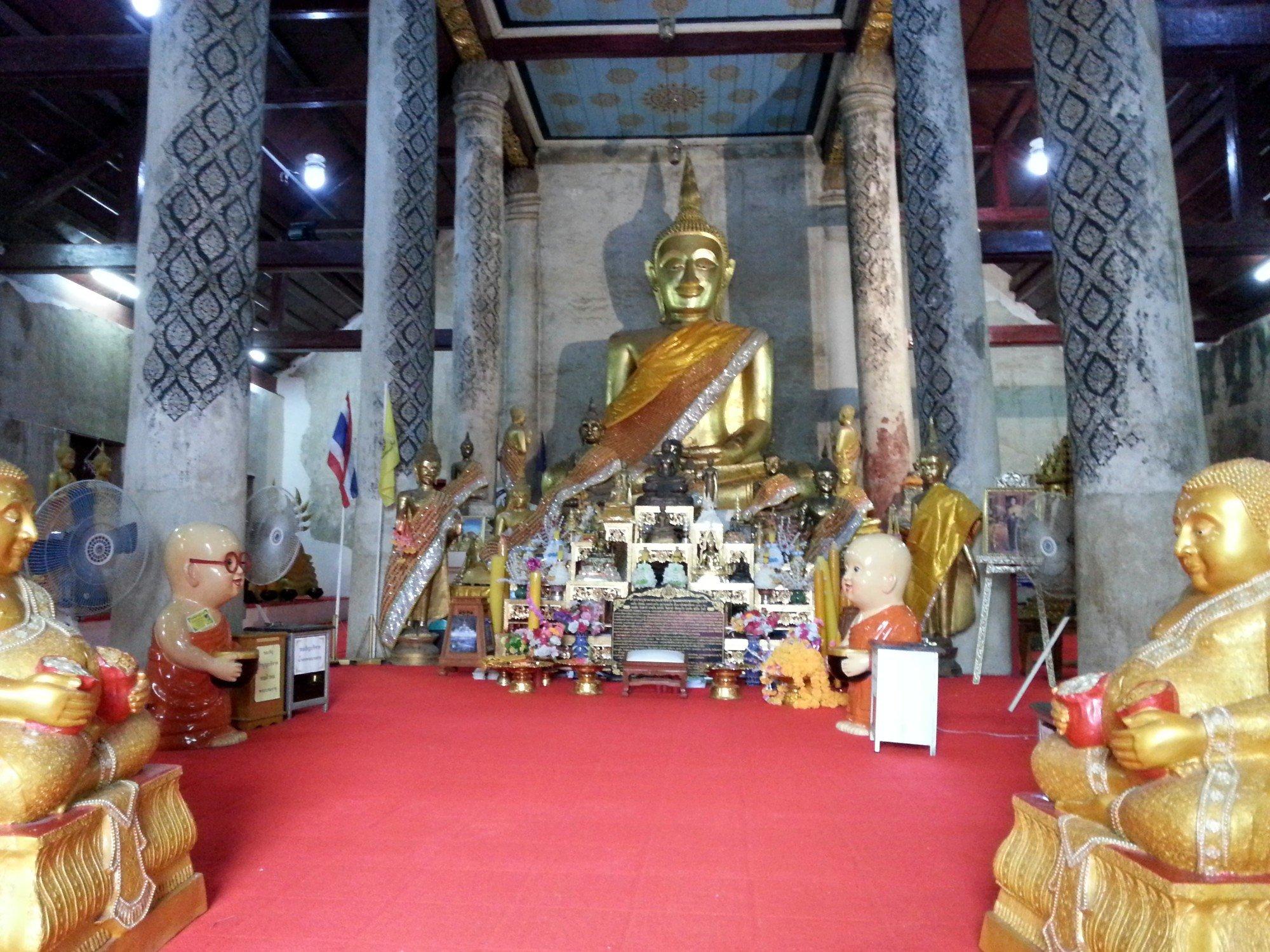 Inside the prayer hall at Wat Phra Brommathat Thung Yang
