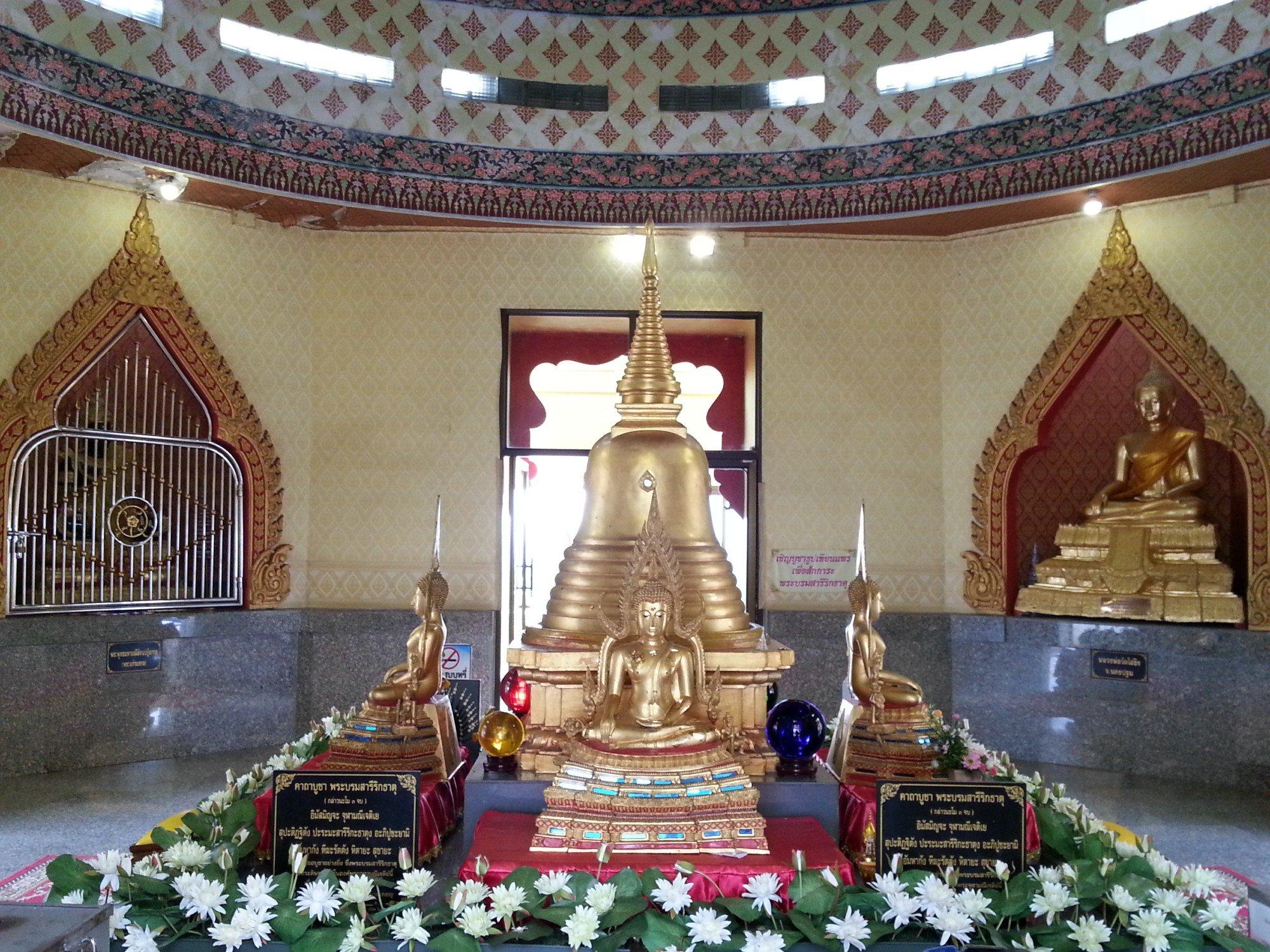 Top floor of the Phra Chulamanee Chedi